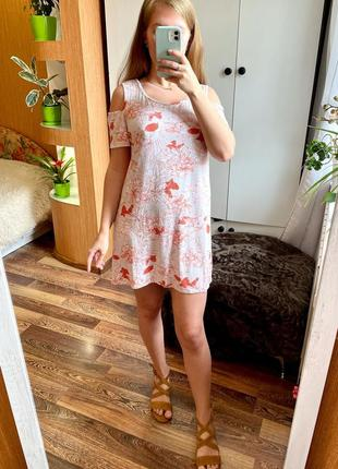 Светлое платье с открытыми плечами в оранжевый цветочный принт george