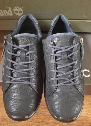Кроссовки -спортивные туфли ecco