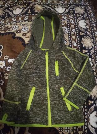 Модная фирменная кофта на мальчика1 фото