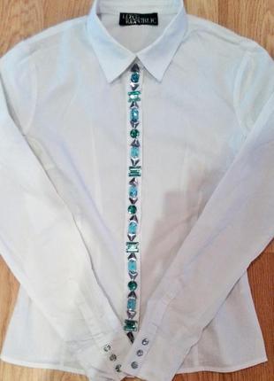 Блузка с камнями love republic