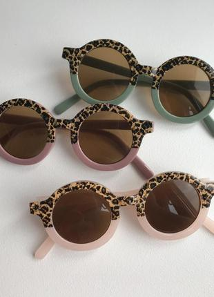 Детские солнцезащитные очки,дитячі сонцезахисні окуляри
