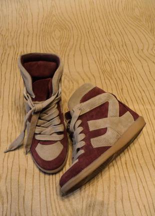 Сникерсы zara замшевые кожаные кроссовки кеды танкетке платформе бордовые маранты хайтопы