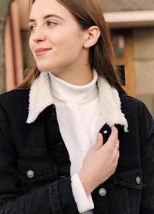 Джинсова куртка bershka жіноча1 фото
