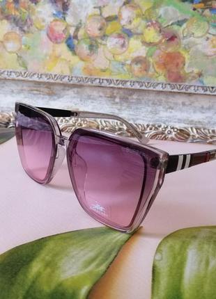 Модные брендовые женские солнцезащитные очки розоватая прозрачная оправа