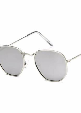 Солнцезащитные очки 2021 ретро