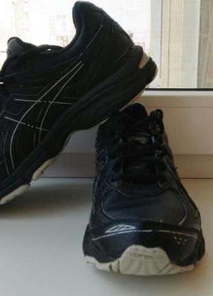 Оригинальные кроссовки asics