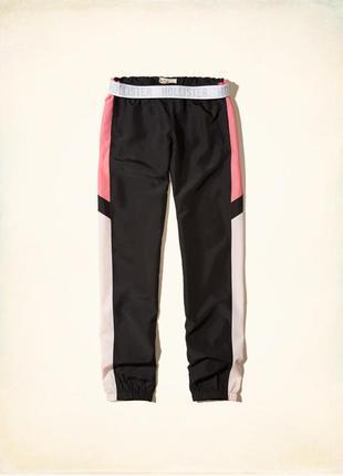 Сша. hollister. легкие летние молодежные спортивные штаны. ткань плащевка. s.