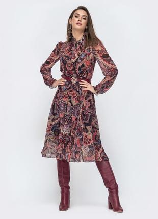 Стильное шифоновое платье с длинным рукавом миди ниже колен бордовое в принт