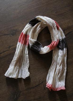 Безумно красивый, интересный, легкий шарфик на осень