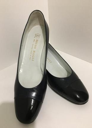 Новые кожаные туфли bruno magli