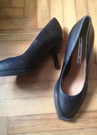 Туфли лодочки кожаные 38рр