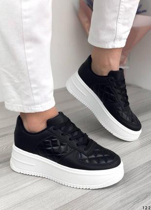 Кроссовки кеды на широкой подошве черные