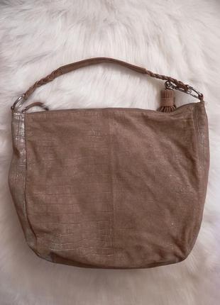 Классная замшевая сумка esprit
