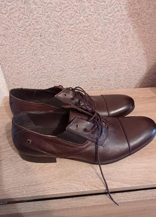 Мужские кожаные туфли туфлі besson португалія