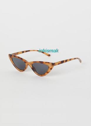 Солнцезащитные очки «кошачий глаз»  h&m