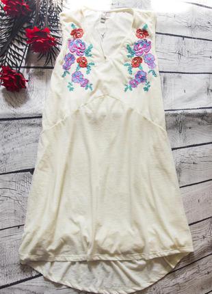Платье-туника с красивой вышивкой asos