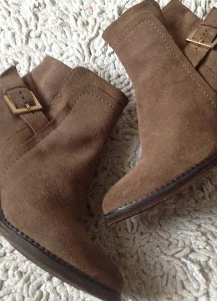 Замшевые ботинки minelli