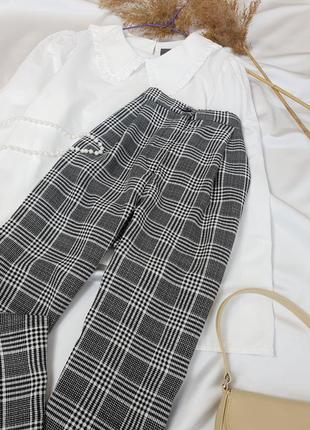 Стильні брюки в актуальну клітинку з защипами на високій посадці від  h&m  .4 фото