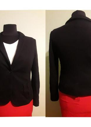 Шерстяной осенний блейзер- пиджак. размер 18-20