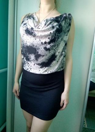 Платье 2 в 1 с фактурной юбкой