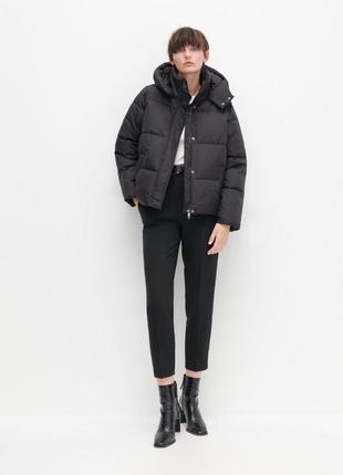 Черная дутая куртка пуффер