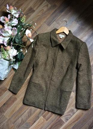 Легкое пальто elegance