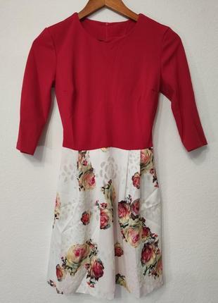 Очень крутое красно-белое платье 36 р