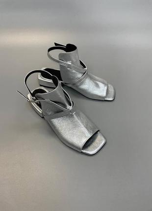 Босоножки на удобном каблуке кожа/ замш