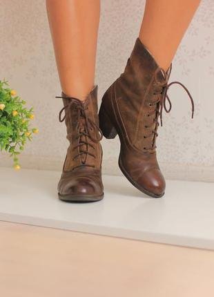 Кожаные ботинки полусапожки ботильоны, натуральная кожа и нубук, бренд venturini