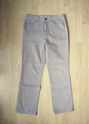 Прямые бежевые джинсы средняя посадка