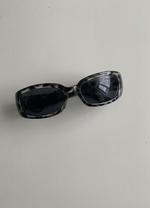 Винтажные солнцезащитные очки