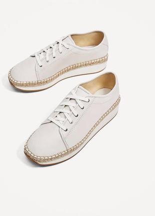 Модные и удобные туфли эспадрильи zara