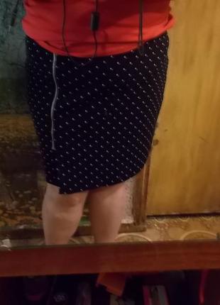 Must have:универсальная и стильная юбка в мелкий горошек  (20uk)  george