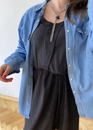 Джинсовая голубая рубашка оверсайз свободный прямой крой батал винтаж джинсова сорочка вінтаж