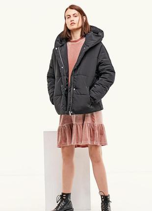 Новая куртка на осень stradivarius (s,m,l) с капюшоном оверсайз oversize стеганая