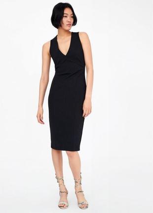 Стрейчевe плаття zara чорне