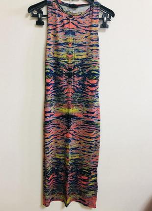 Летнее яркое платье миди topshop