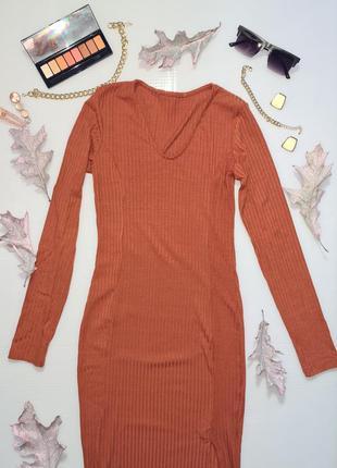 Платье коралловое в рубчик футляр обтягивающее оранжевое миди