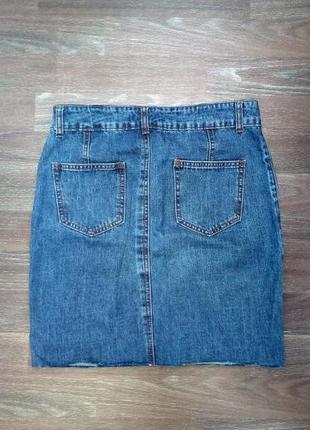 Джинсовая юбка с необработанным краем2 фото