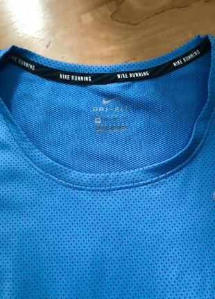 Фирменная футболка от nike pro2 фото