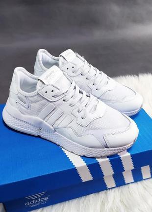 Кроссовки adidas jogger белые
