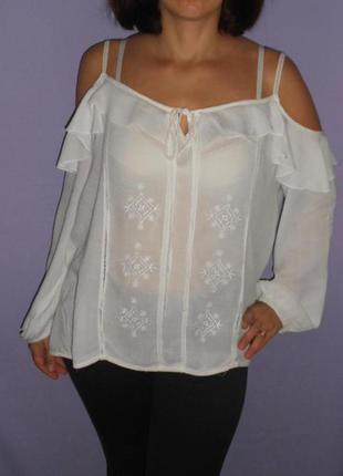 Беленькая, воздушная блузочка с открытыми плечами 14 размера  dorothy perkins