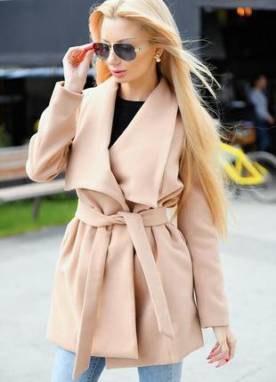 Нежное кашемировое пальто