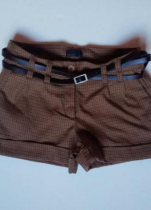 Весенние супер стильные шортики от vero moda.размер 34(с)