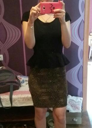 Платье черное футляр баска леопард вечернее reserved