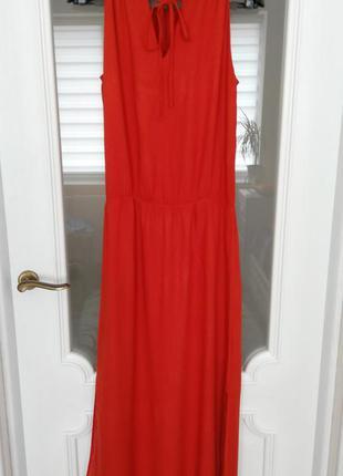 Яскрава червоно-морковна сукня від promod.