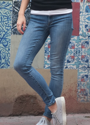 Skinny джинсы gap