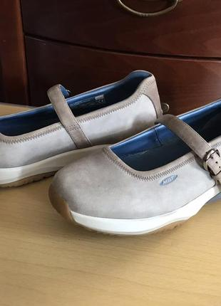 Кожаные туфли mbt