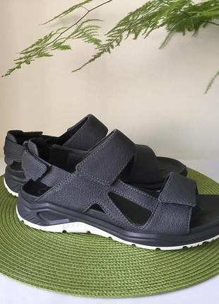 Шкіряні сандалі ecco оригінал розмір 39,41,43