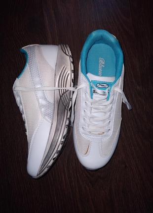 Кросівки кроссівки кроссовки